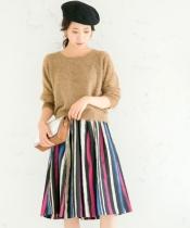 マルチストライプフレアースカート
