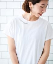 レタリングプリントTシャツ