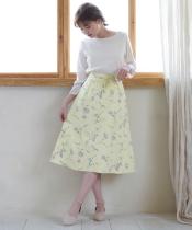 Daisyプリントスカート