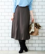 サテンラップライクフレアースカート