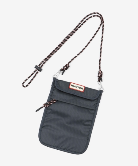 HUNTER PACKABLE PHONE POUCH